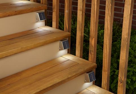 Set Of 4 Solar Powered Lights Sharper Image
