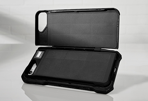 new product 5bd49 2274b Solar Charging Smartphone Case (iPhone 6/6S/7) @ Sharper Image