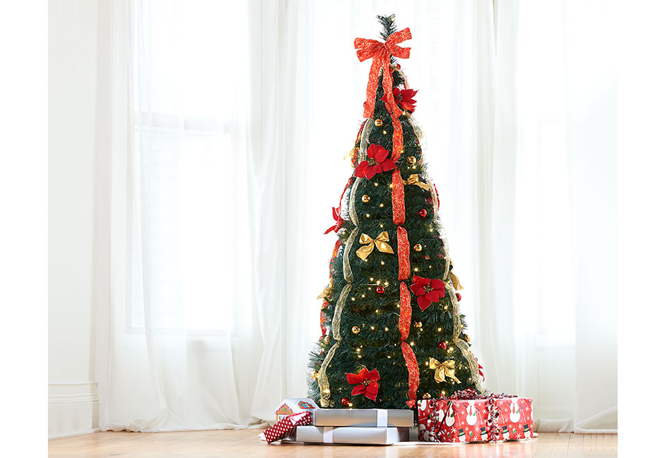 Pop-Up 6Ft. LED Christmas Tree @ Sharper Image